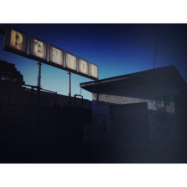 Abandoned Petrol station. Somerville Rd #Yarraville
