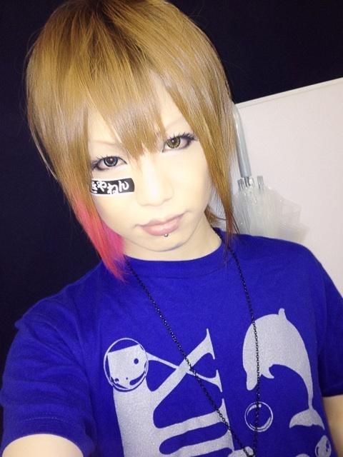 Takafumi (MoNoLith) God, he's so pretty.