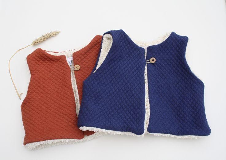 Le produit Gilet de berger en coton bio est vendu par By Fafa dans notre boutique Tictail.  Tictail vous permet de créer gratuitement en ligne un shop de toute beauté sur tictail.com