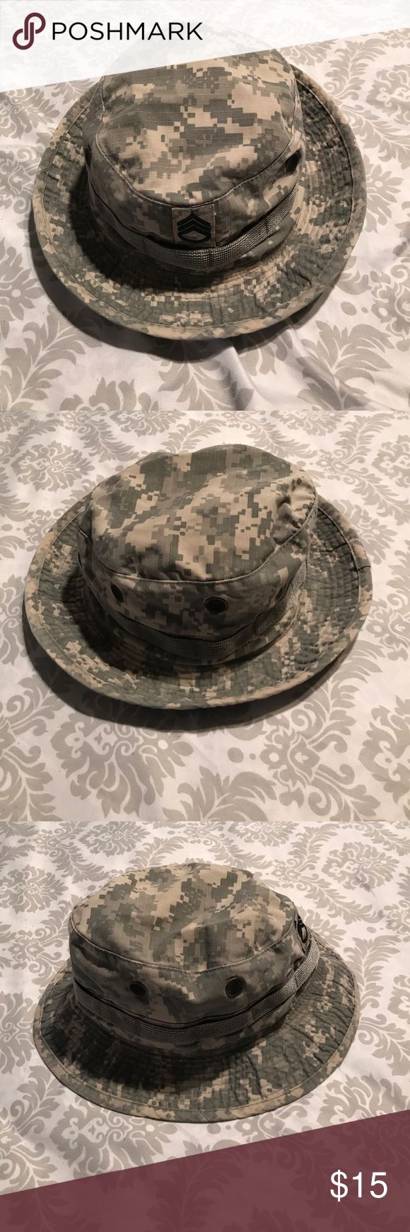 Army Issued Bonnie Cap, ACU pattern. Used Authentic Army Issued Bonnie Cap, ACU pattern (Hat, Sun, Army Combat Uniform). Unisex cap. EUC. Size 7, even though missing size tag. Without chin strap. With Staff Sergeant rank sewn on in the front of cap. Bernard Cap Co., Inc. Accessories Hats