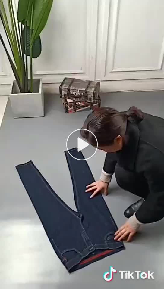 Jeans can be stored in this way