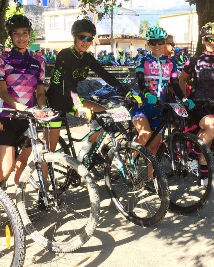 #SpecializedWmn  . #MasRicoenBici  . #WhatsWorthlt  . #yosoywelcomevillavicencio  #apoyolaluchacontraelcancerdemama #embajadoraspecializedvillavicencio #yosoyspecialized #ciclomontañismo #mujeresspecialized #specializedambassador  #woman #bike #ride #bikelife #mtb #mountainbike  #bikelovers #ellasruedan #mujeresenbicicleta #yosoymundobici #bikegirl #ciclismo  #bikers  #cycling  #chicasciclistas #villavicencio