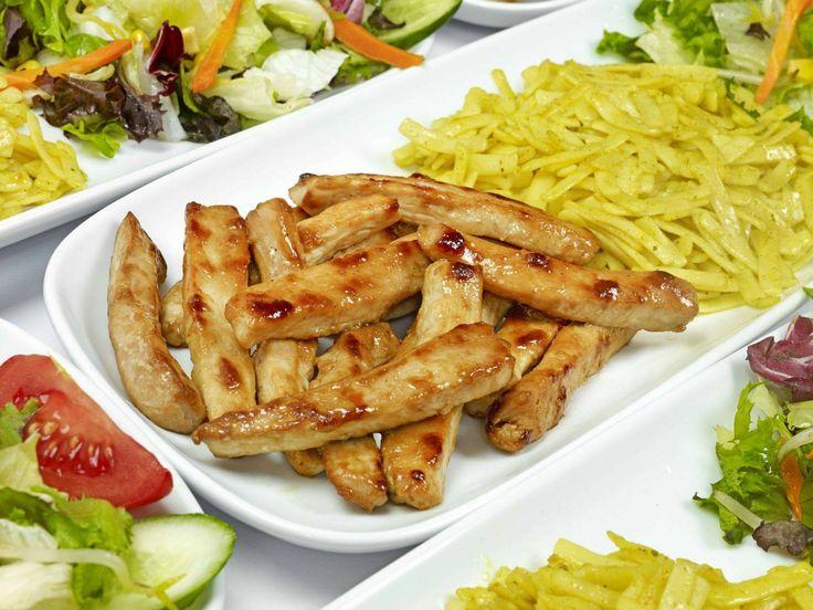 Tavuklar tam istediğiniz gibi. wink ifade simgesi Tavuk Dünyası, #BeylikdüzüMigros AVM 1. Katta.  #bmigrosavm #food #chicken #delicious