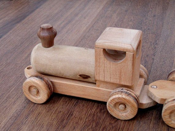 Raine the wooden train boys and girls handcrafted wood - Plan coffre a jouet en bois ...