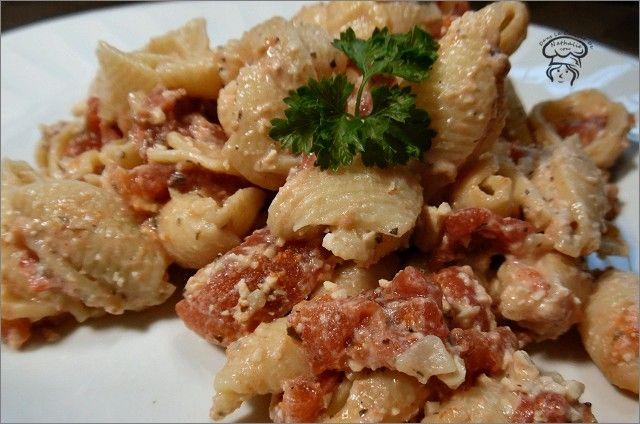 Coquilles crémeuses aux tomates