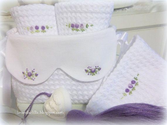 modello del cestino da bagno con lavette Il tutorial sul blog Lavandaelilla.com