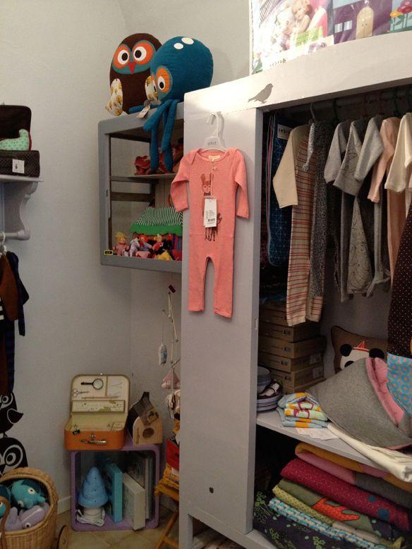 Le Petit Bohémien seleziona i migliori marchi di abbigliamento per bambini dai 0 agli 8 anni, oltre che a complementi di arredo per la cameretta e giochi creativi