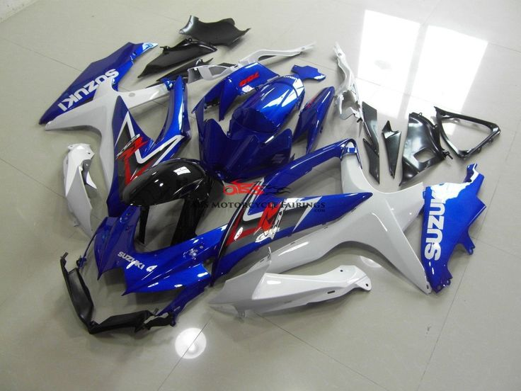 Custom paint- pearl white and metallic blue-  from a 2008 - Suzuki GSXR750 -  for a 2007 gsxr 750.    Kings Motorcycle Fairings. Your #1 source for OEM Quality Custom Fairing.