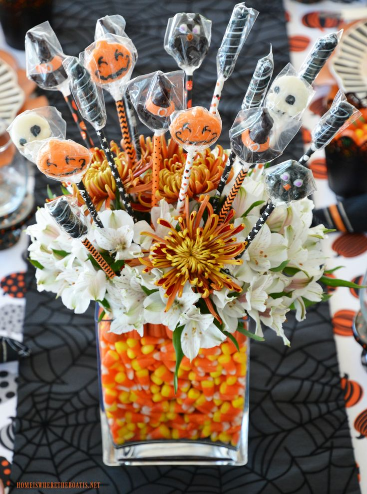 Happy HalloWine and Candy Pairing Tablescape Halloween