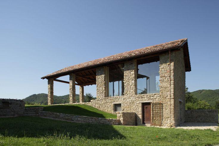 Oltre 25 fantastiche idee su progetti per case piccole su for Casa moderna bologna