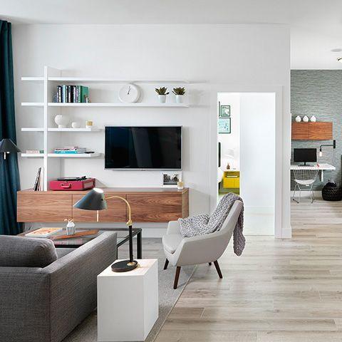 shelves above tv in livingroom