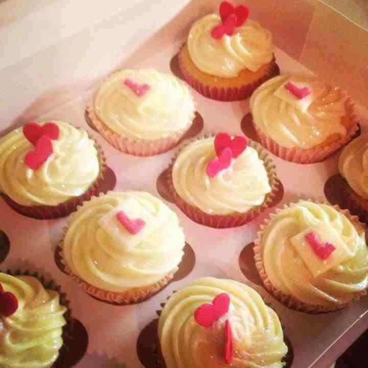 Hen party / bachelorette cupcakes