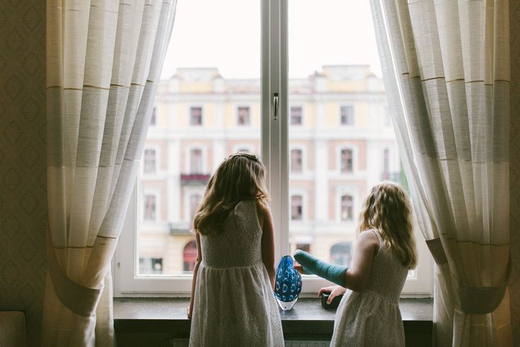 Those last few minutes before the civil wedding ceremony when the kids just want to check out the view.
