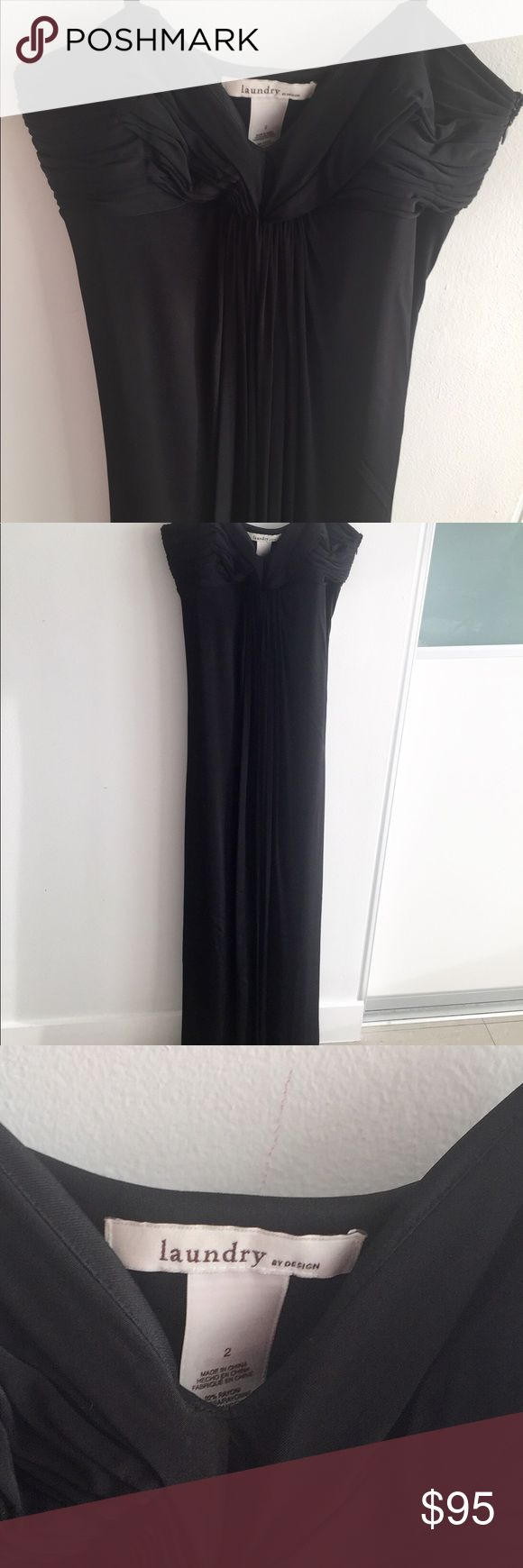 Black, strapless, long, formal Laundry dress 🌚🌟 A classic, simple yet elegant. Worn twice, almost as good as new. Large size 2. Since it's very roomy can fit up to a large 4. Jersey, stretchy, comfortable and as versatile as you wish. Hair, makeup and jewelry can transform this pretty dress from cocktail to gala. ✨✨✨ Laundry by Design Dresses Maxi