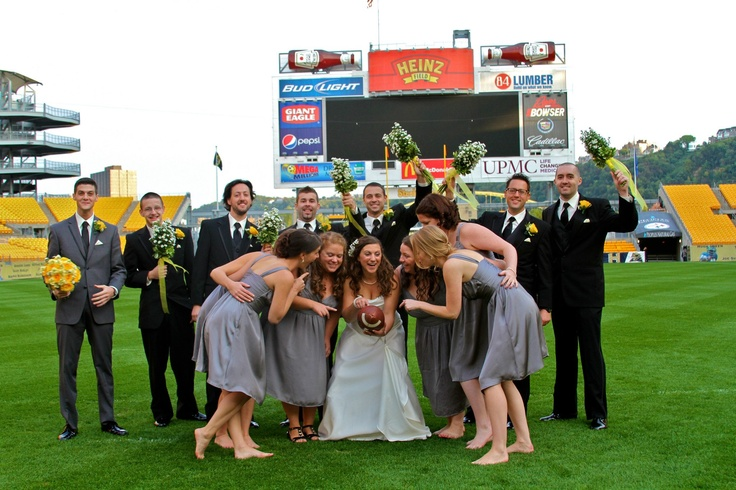 Pittsburgh Wedding Love This Totally The Use Of Heinz Field Wanna Get Married Here And Do Picture