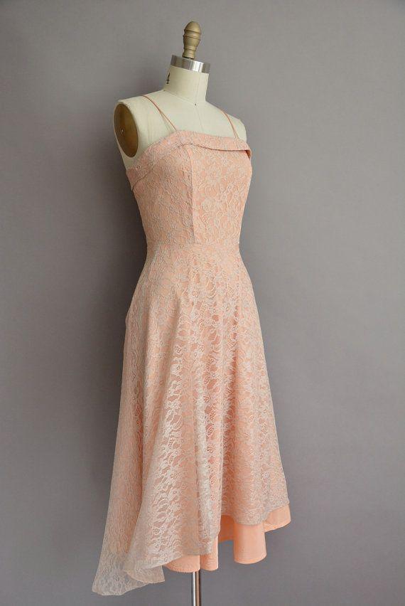 des années 50 beige pêche robe de soleil par simplicityisbliss