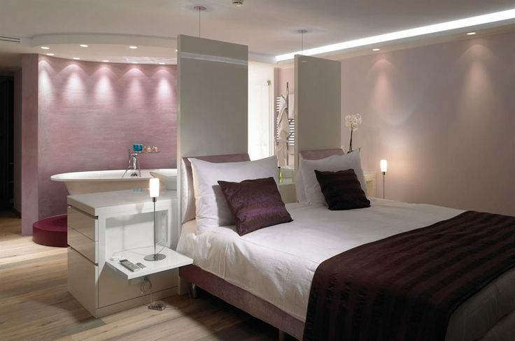 suite parentale dans des teintes de mauves chambres pinterest mauve et led. Black Bedroom Furniture Sets. Home Design Ideas