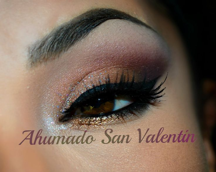 Ahumado para San Valentin/ copper plum and chocolate eye. -Eye Shadow Base From Beauty Weapon Palette: -IVORY highlighting brow bone -SMOKE getting more depth on outer corner -CHOCOLATE on outer mobile eyelid -PLUM as transition color -VENUS on mobile eyelid -FAB to highlight inner corner -GOLD blended below inner corner