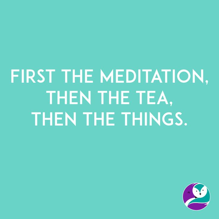 It's Monday. I think it's so important to start the day with meditation and then to make a big mug of tea. Only then can I start working. Start the week off well, and half the battle is won.
