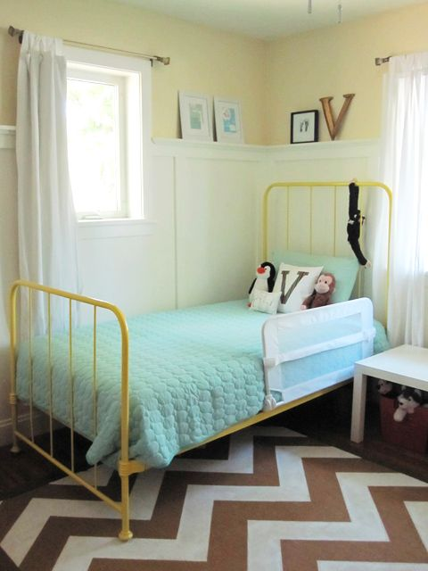 Chevron rug & aqua duvet & painted bedframe? Yes! But with an adult-sized bed.