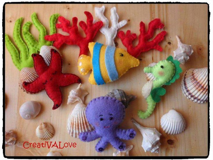 Soggetti marini in feltro/pannolenci. Stella marina, polpo, cavalluccio marino, pesciolino, coralli e conchiglie. Handmade Felt Creations.