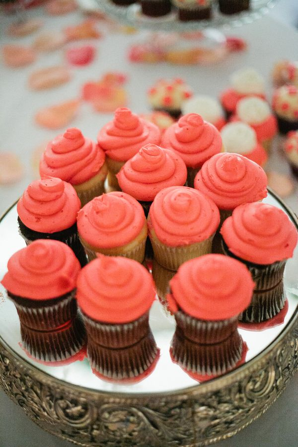 Coral Cupcakes! Looks good and cute!