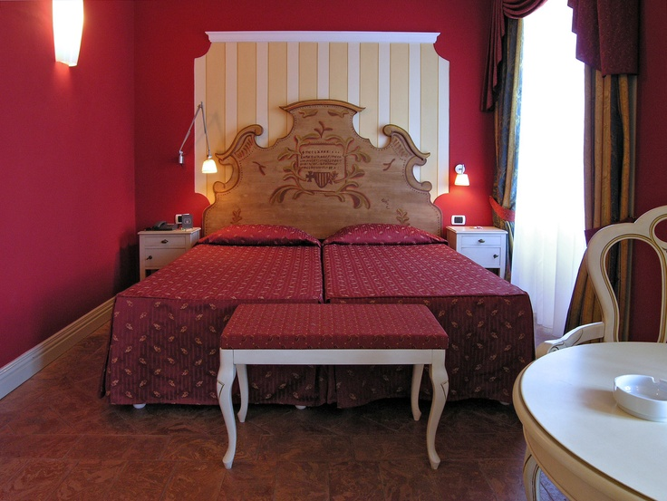Standard room 305