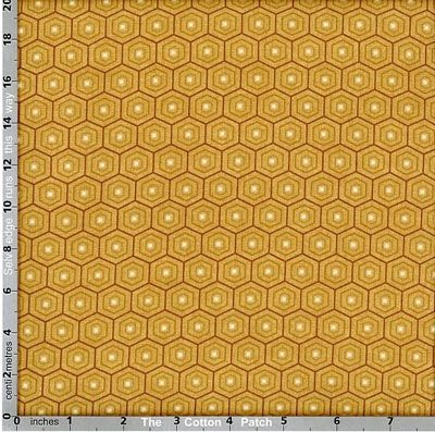 Grey's Court: Hexagon on Mustard