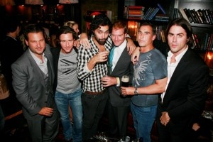 Ason Pomeranc, Danny Baker, Andres Santo Domingo, Topper Mortimer, Diego Garcia (Hosts)