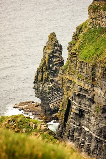 Stunning picture of the #CliffsofMoher. #Ireland