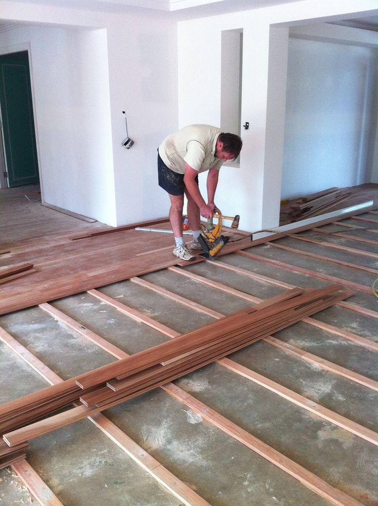 Floating Hardwood Floor Best Wood Flooring, How To Lay Flooring Over Concrete