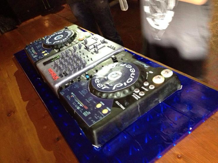 Pioneer DJ Deck Cake.. Made by my fair hands :)