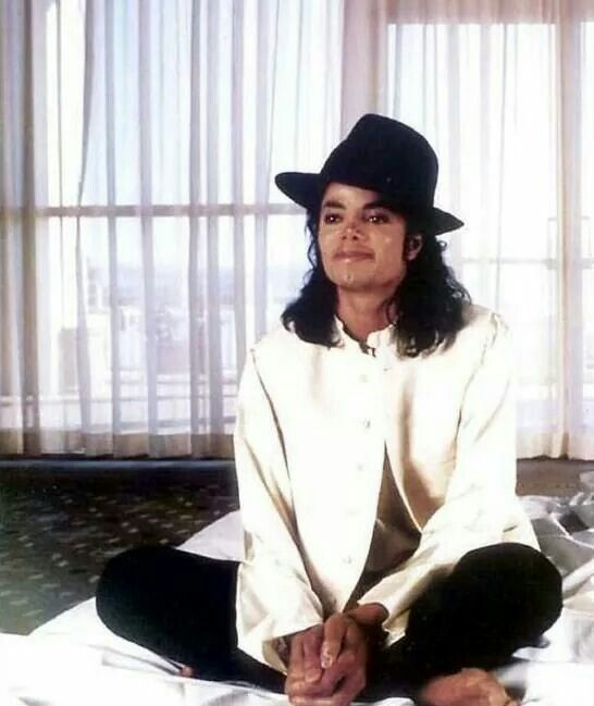 Vitiligo on his fingers and toes. You give me butterflies inside Michael... ღ by ⊰@carlamartinsmj⊱