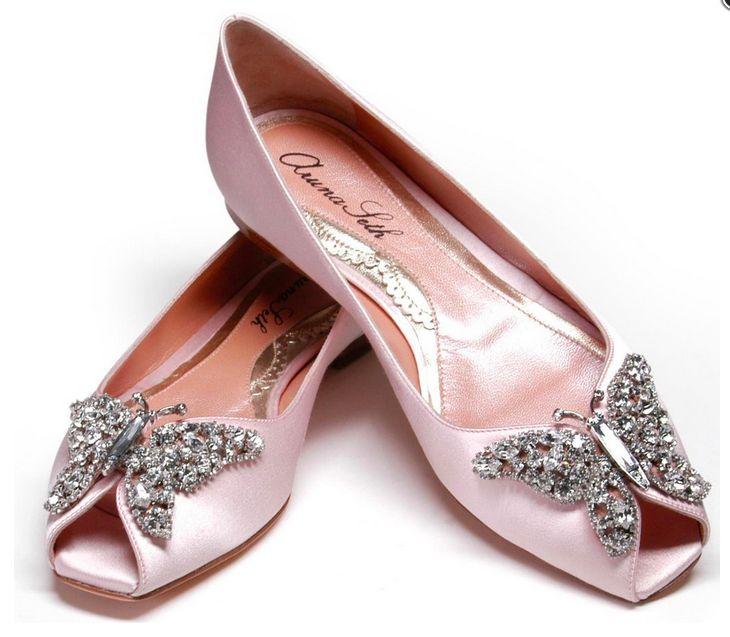 Le scarpe da sposa basse sono uno dei grandi trend moda per i matrimoni di quest'anno