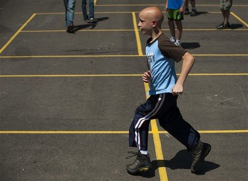 VIRAL VIDEO: 11-Year-Old Boy With Cerebral Palsy Finishes School Race ~ http://justpiper.com/2012/06/viral-video-11-year-old-boy-with-cerebral-palsy-finishes-school-race/#