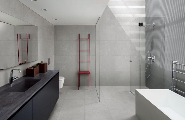 Een mooie badkamer tegel met een structuur van linnen. In veel verschillende kleuren verkrijgbaar. In de volgende maten verkrijgbaar: 30x60, 60x60, 11,7x60 (07-RS) Tegelhuys.