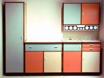 #ridecolorfully east german apartment