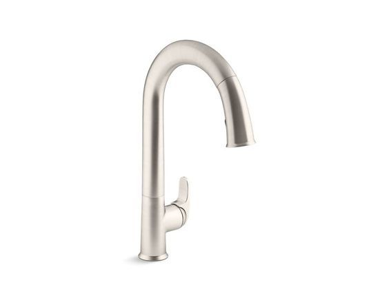 La grifería Sensate con tecnología Touchless libera tus manos para que pueda volar en tu cocina mientras disfruta de un ambiente más limpio y más higiénico.