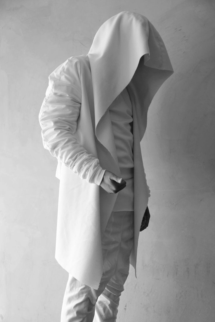 "All white everything - - Inspiring Future-Fashion-Board at Pinterest: search for pinner ""Jochen Wojtas"" 