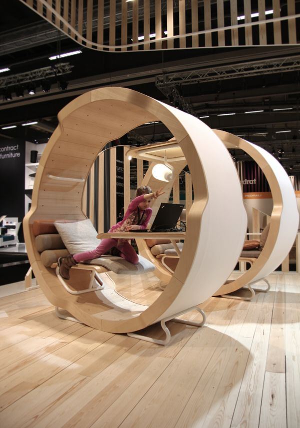 innovative personal workspace according to the Cradle to Cradle principles EFG GAIA