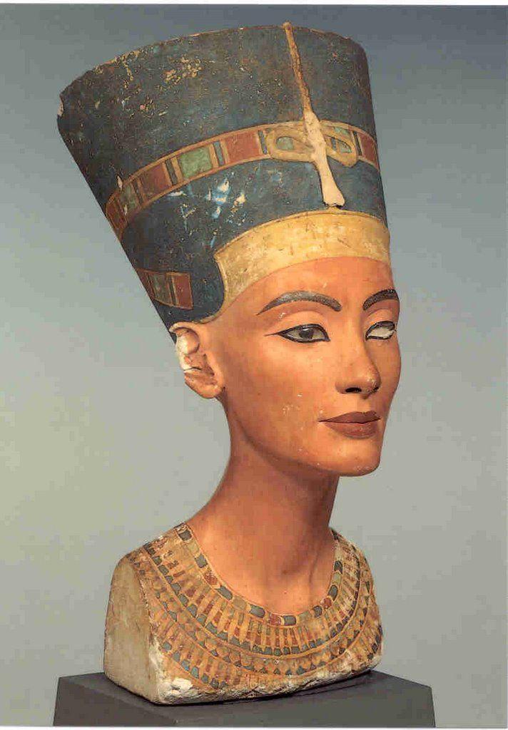 Busto de Nefertiti, reina de Egipto