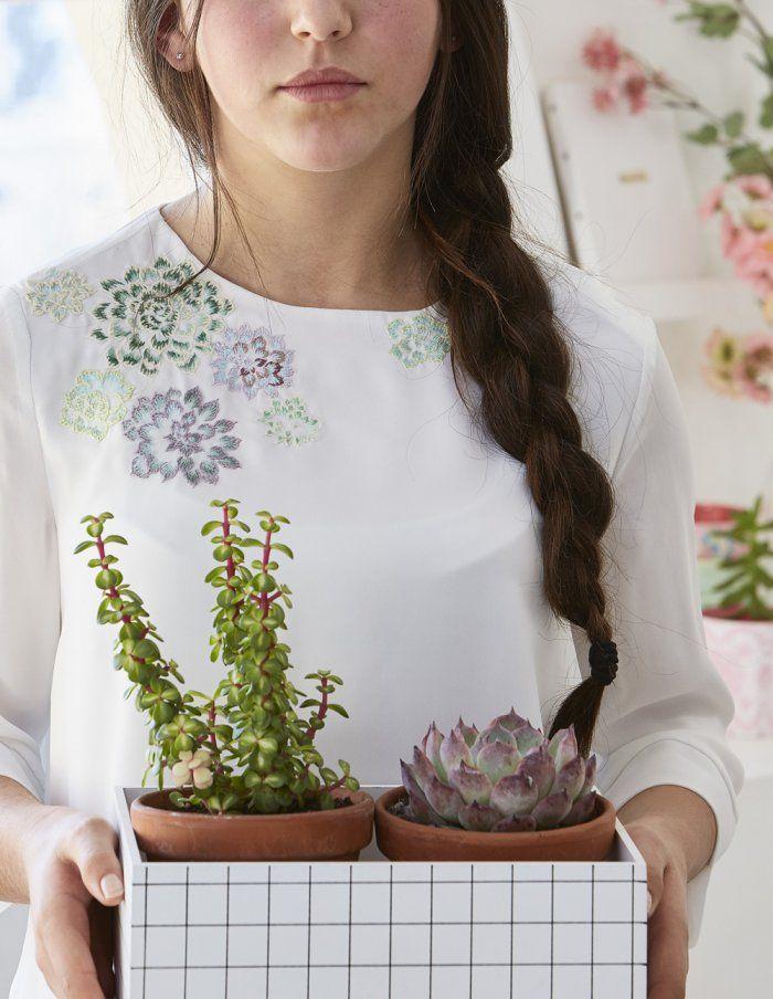 Broder une encolure de vêtement avec des motifs de végétaux - embroidery pattern - Marie Claire Idées