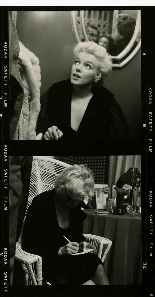 Marilyn during a photo session with Cecil Beaton, February 1956. Photo by Hans Knopf.