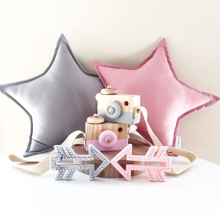 Wooden Toy Camera - Light Grey and Fuschia Falls