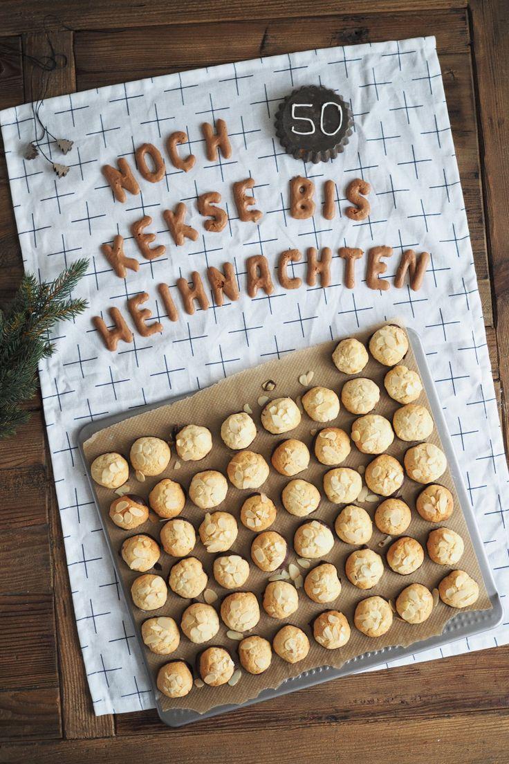 Meine Vorfreude könnte kaum größer sein: Es sind nur noch 50 Kekse bis Weihnachten! 50 Kekse bis Weihnachten? Ja, denn jeden Tag bis Weihnachten könnt ihr einen dieser leckeren Kekse naschen! Und d…