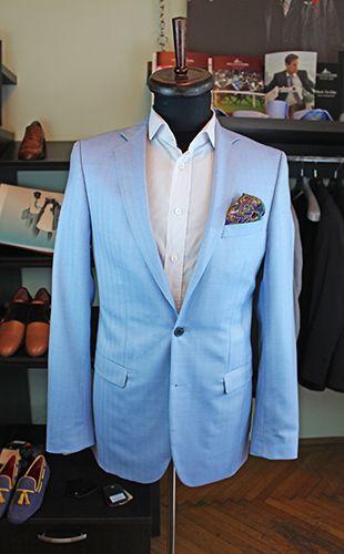 Gabriel Bespoke light blue summer jacket. Cloth by Lanificio Cerruti, a fine blend of wool and silk.  www.gabrielbespoke.com