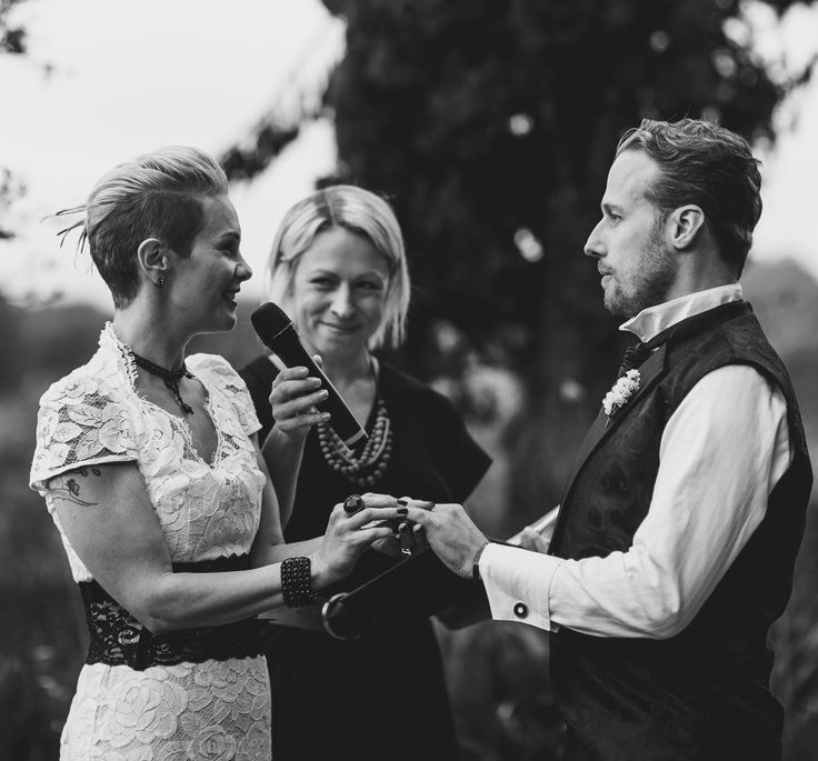 Nicky Surnicky - Marry Me Nicky | Marriage Celebrant Caringbah South | Easy Weddings