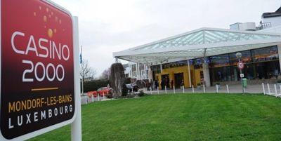 In Luxemburg sorgte ein Casinoüberfall bereits im Jahr 2011 für Schlagzeilen. Derzeit ist der Fall wieder aktuell, da vor Gericht die Verurteilung eines Täters erfolgte. Am 5. März 2011 wurde das Spielcasino im luxemburgischen Mondorf überfallen. Bei dem Überfall erbeuteten die Diebe eine Summe in Höhe von 85.000 Euro.