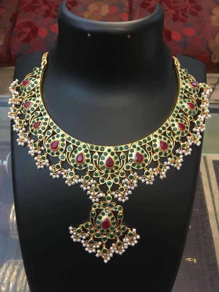 0515e50913e55 Pin von Hima Krovidi auf Antique | Bridal necklace, Gold jewellery ...