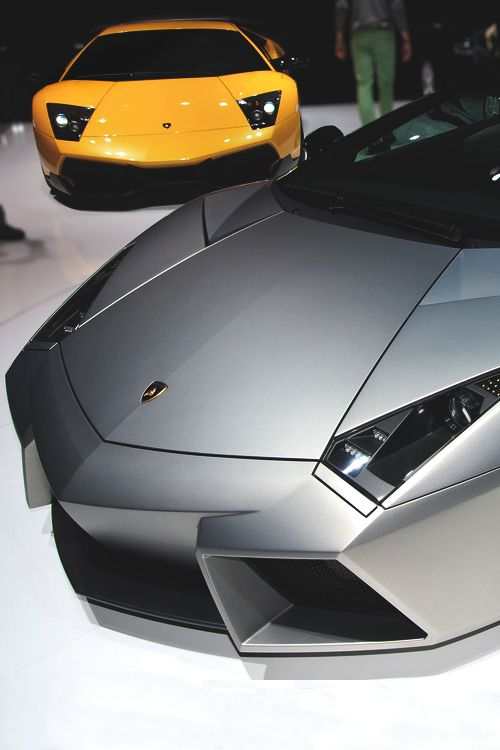 Whats That Murcielago Looking At? Oh Yeah Its Superior, REVENTÓN